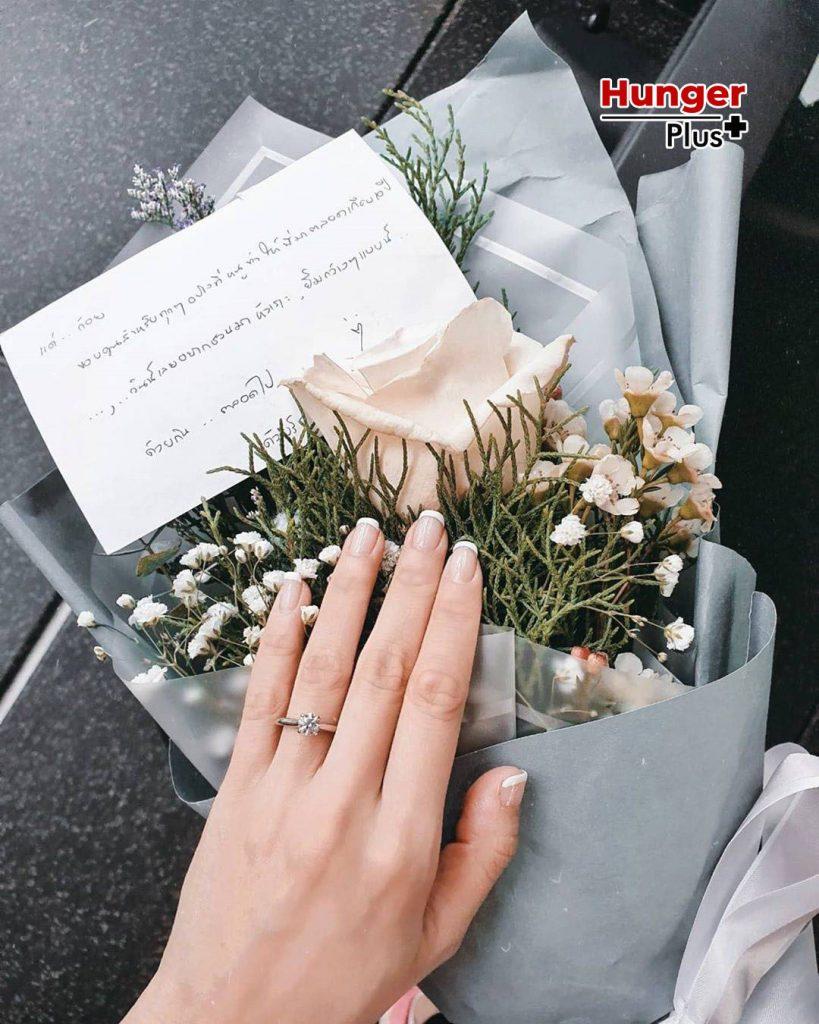 ย้อนดูจุดเริ่มต้นความรัก ตูน-ก้อย จนถึงวันขอแต่งงานสุดน่ารัก ข่าวออนไลน์ ข่าวบันเทิงดารา อัพเดทข่าวกีฬา