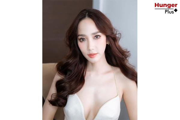 """มาดูกัน ! 5 อันดับ ดาราไทยที่ติดอันดับ """"100 ผู้ทรงอิทธิพลในโซเชียล"""" ในทวีปเอเชีย Forbes ข่าวดารา ข่าวบันเทิง ข่าวออนไลน์ ข่าวฟุตบอล ดาราไทยติดอันดับForbes100"""