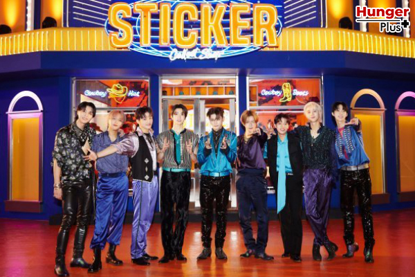 "NCT 127 คว้าชัยชนะครั้งแรกสำหรับเพลง ""Sticker"" ในรายการ ""M Countdown"" พร้อมทำยอดขายสูงสุดในสัปดาห์แรกเป็นครั้งที่ 4 ของศิลปินในประวัติศาสตร์ Hanteo"