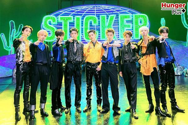 """""""Sticker"""" ซิงเกิ้ลใหม่ของ NCT 127 กลายเป็นอัลบั้มที่มียอดขาย มากกว่าสองล้านอัลบั้มแรกในเวลาเพียงสัปดาห์เดียว"""